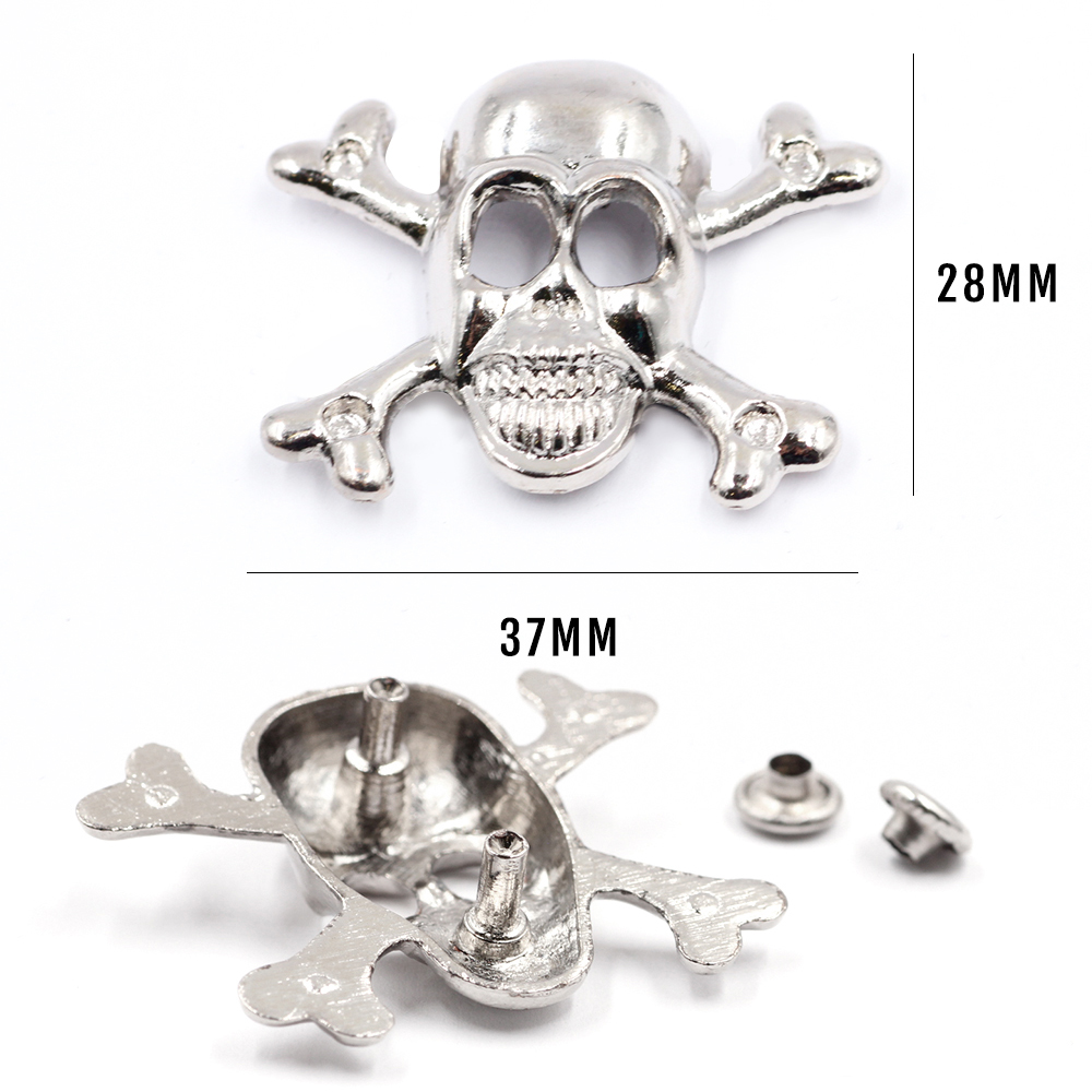 Skull Metal Studs