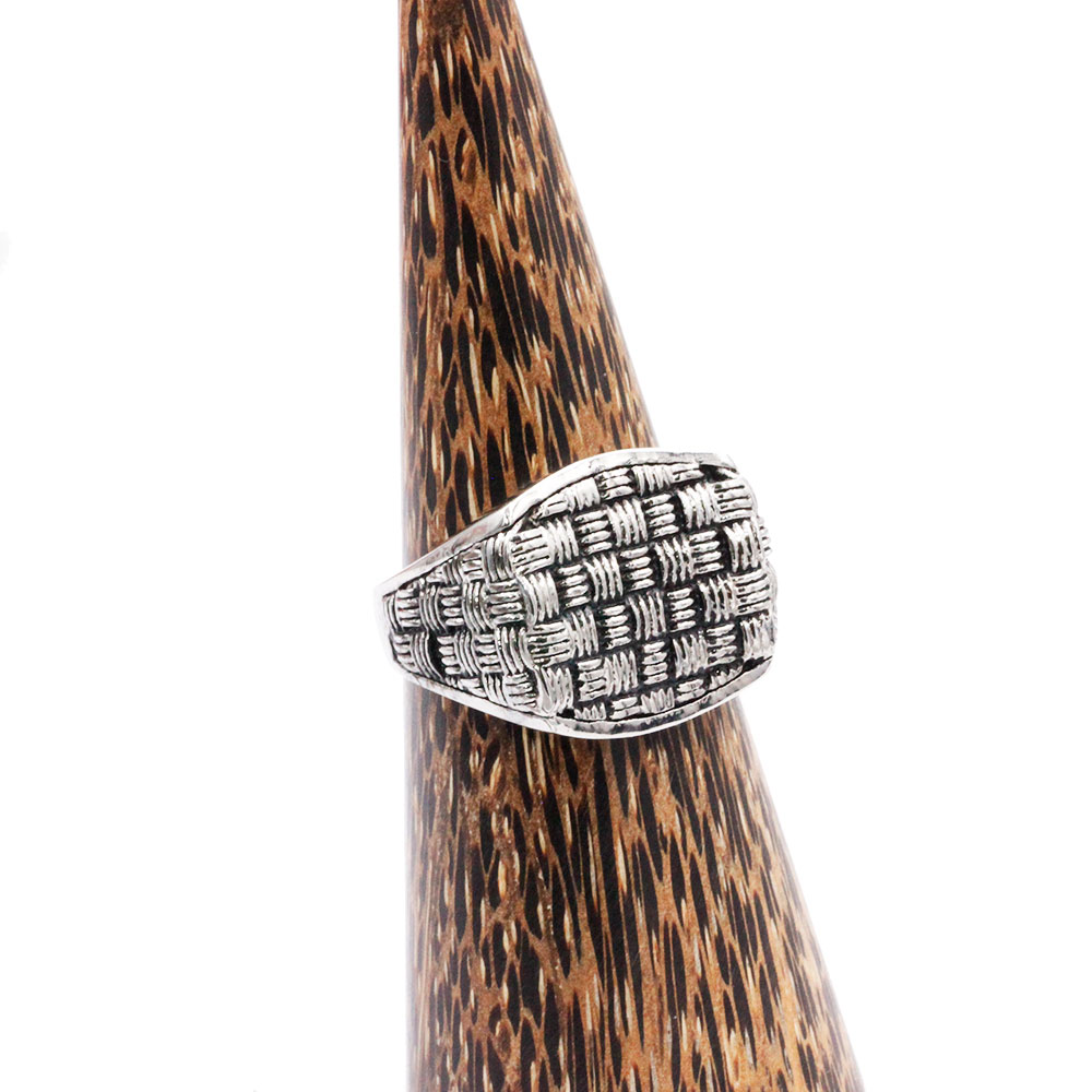 Weaving Texture Ring