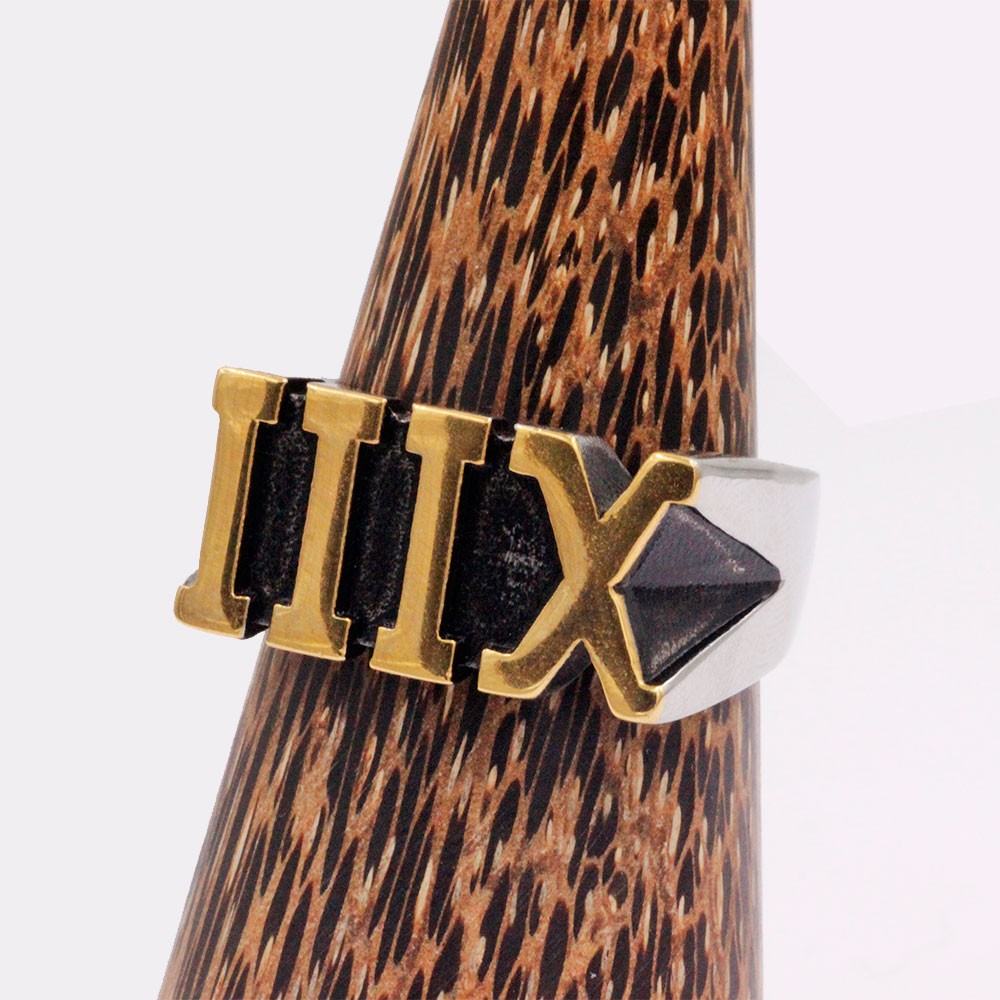 Ring with Roman numeral XIII