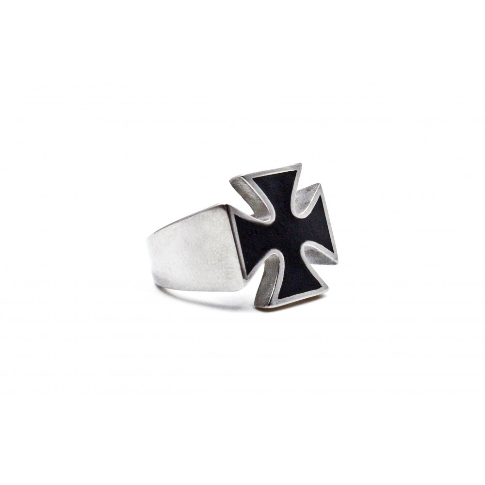 Ring Maltese cross of knights