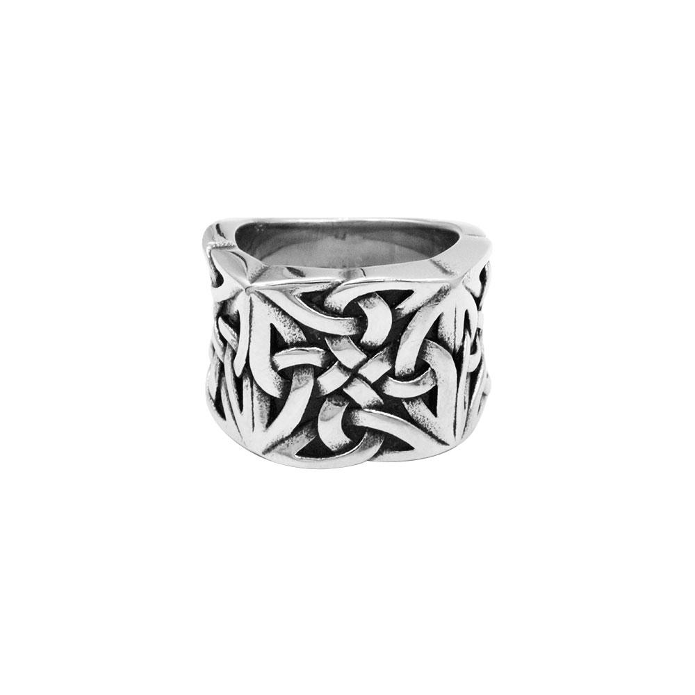 Celtic Vinchigno Knot Ring