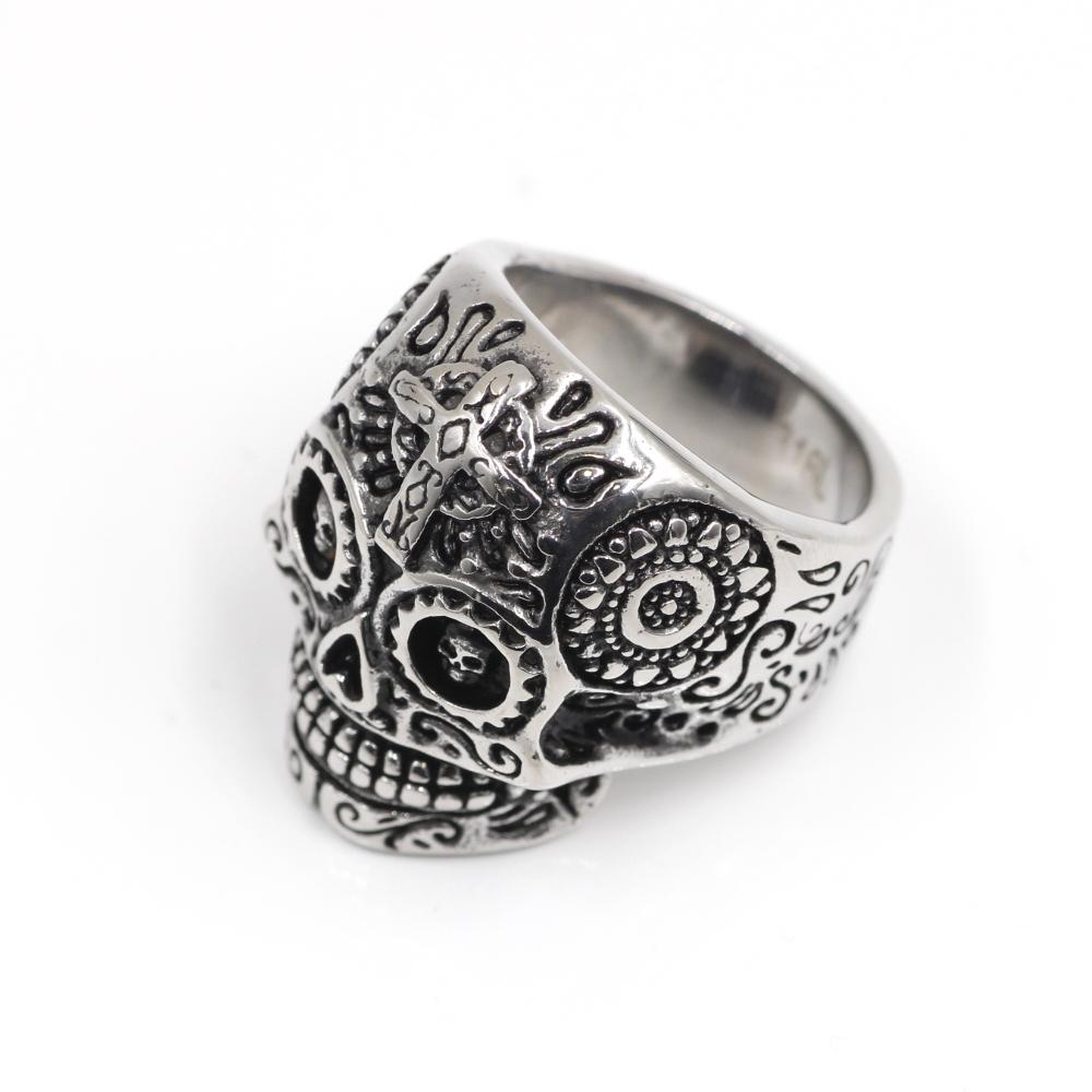 Ring Gothic Skull