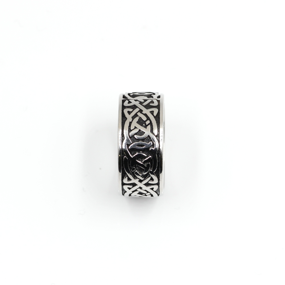 Ring with celtic knot symbol