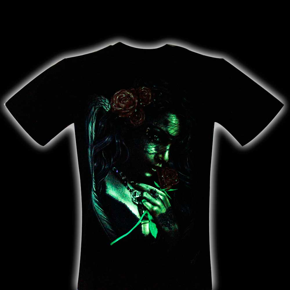 T-shirt Beauty and Roses Effect 3D and Noctilucent with Piercing
