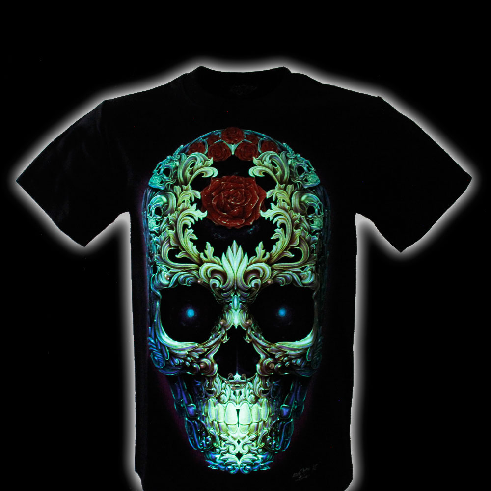 T-shirt Skull Effect 3D and Noctilucent with Piercing
