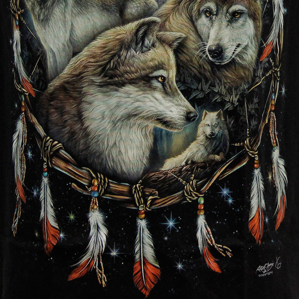 T-shirt Noctilucent Amulet with Wolves