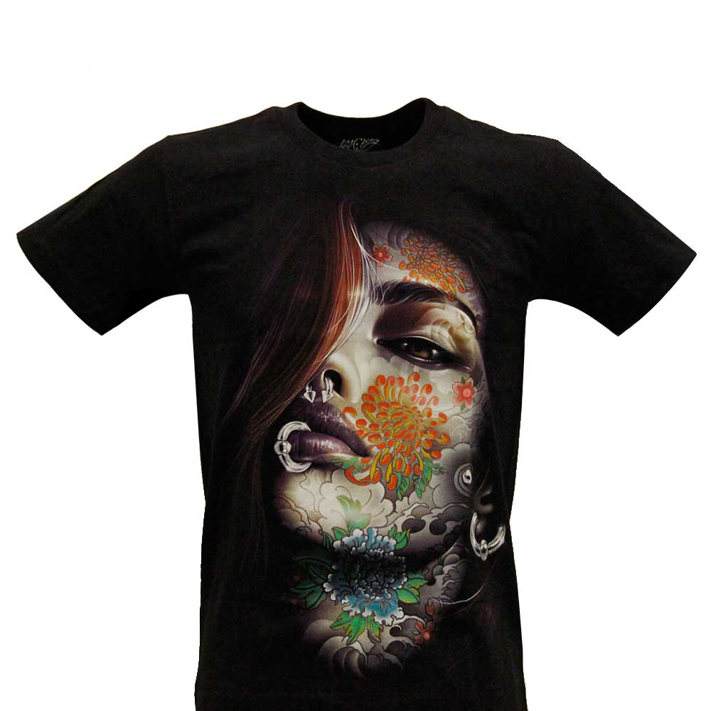 T-shirt Noctilucent Tattooed Pierced Woman
