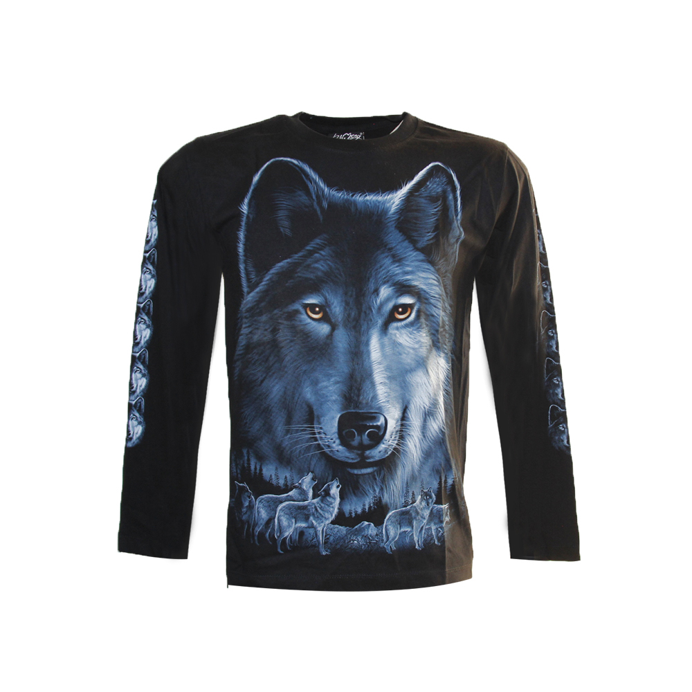 T-shirt  Wolf and Pack of wolves