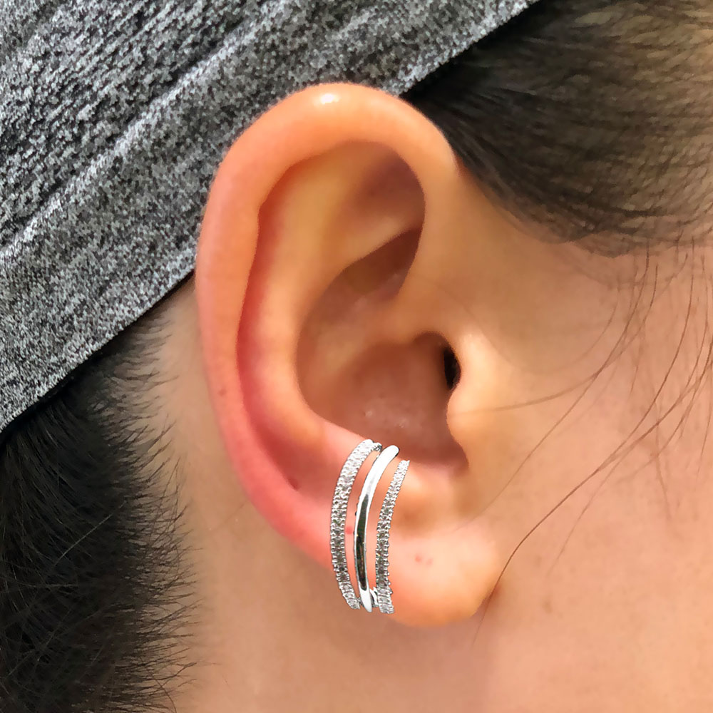 Earrings with three segments