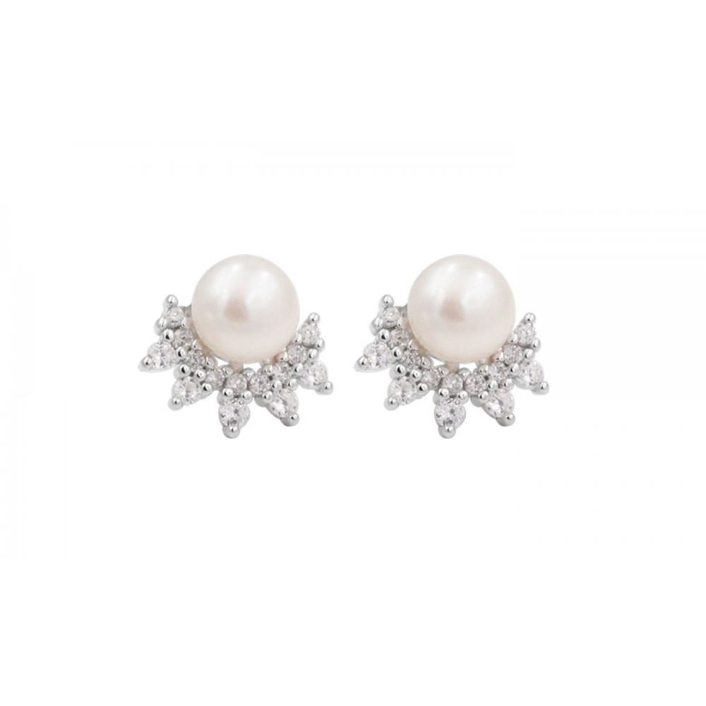 Pearl earrings with crystals in Silver