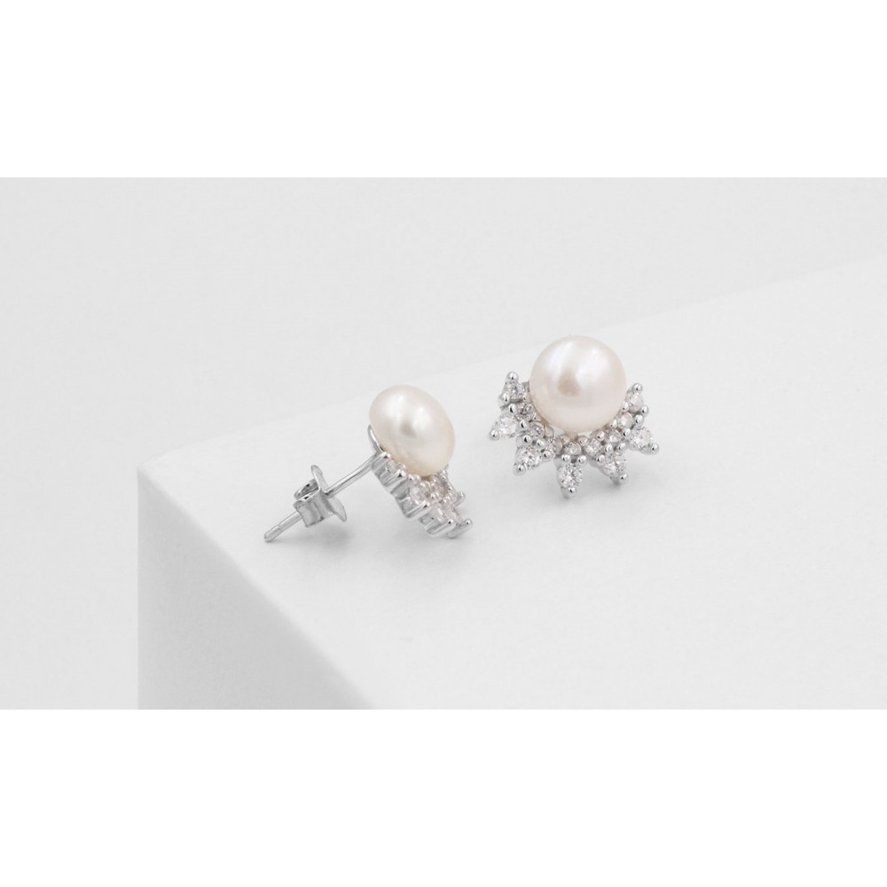 Pearl earrings with crystals in 925 Silver